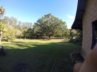Suasana campground di pagi hari